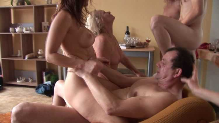 CZECH HOME ORGY 4 - PART 2