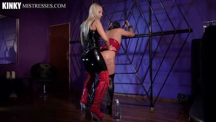 Mistress Marta - Fucked in her Spiderweb