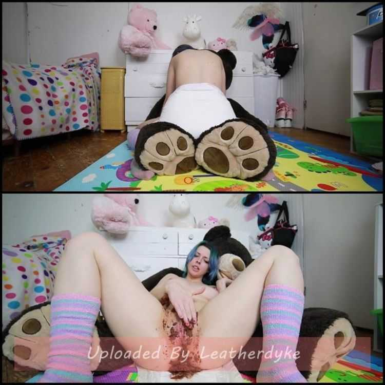Shitty diapers and open smearing with BabyDollNaughty - panty pooping